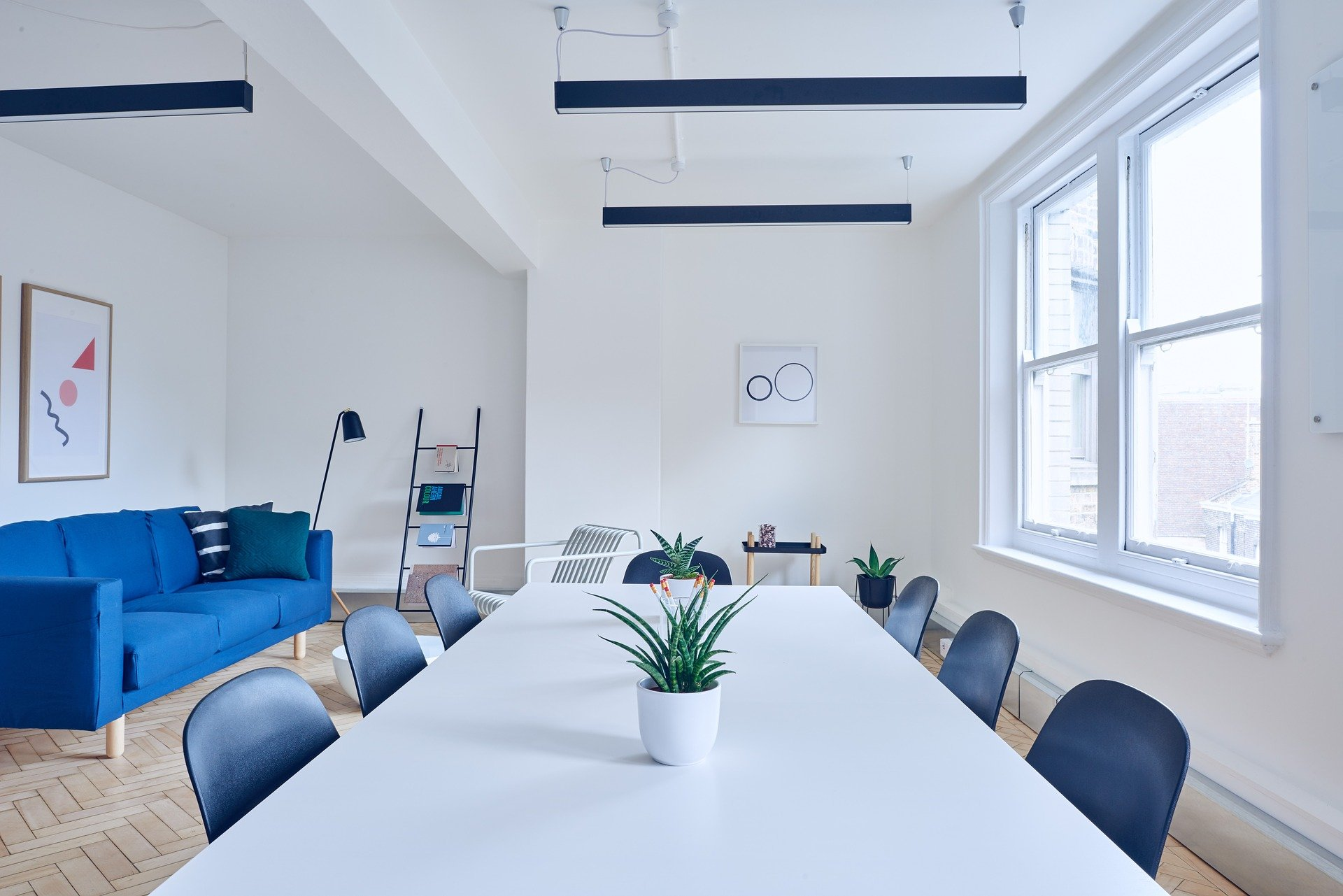 13 tips to help achieve goals in your meeting room
