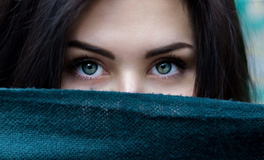 5 + Eye Care Tips That Make Your Eyes Naturally Beautiful