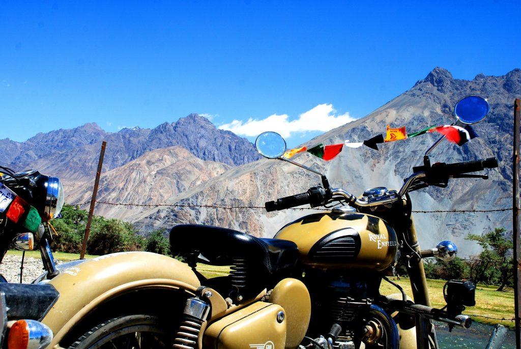 Leh to Nubra Valley