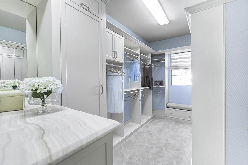 A beautiful custom built closet for easy organization