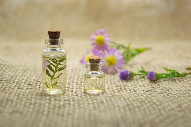 Essential Oils: Do They Contain Vitamins and Minerals?