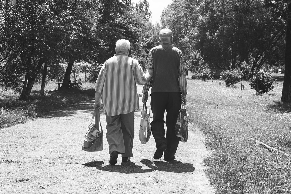 How intermittent fasting program improves longevity?