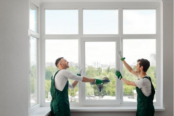 Top 5 Signs Your Home Windows Need to Be Replaced or Repaired