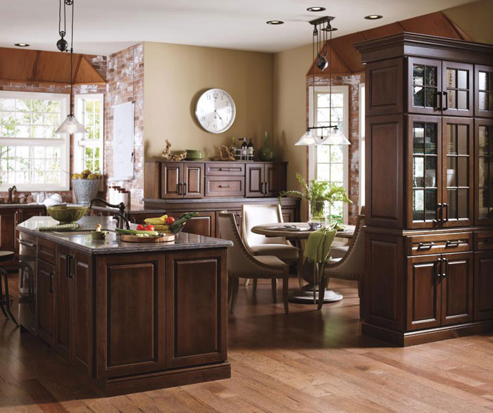 Which Colors of The Countertops Look Best with Cherry Kitchen Cabinets?