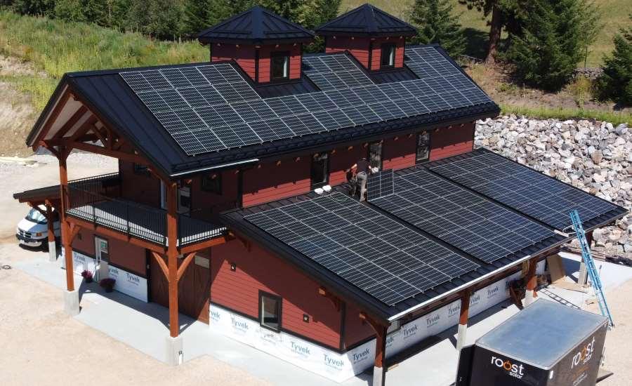 Benefits of Solar Panels on Metal Buildings